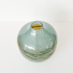 Richard Glass – Mother of Pearl Vase